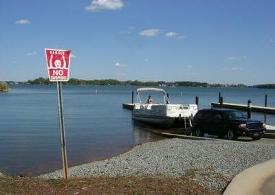 full service boat rentals
